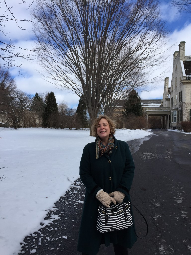 Marianne in front of the George Eastman House (now a museum about photography)